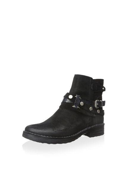Khrio Women's Ankle Boot with Wrap Buckle, http://www.myhabit.com/redirect/ref=qd_sw_dp_pi_li?url=http%3A%2F%2Fwww.myhabit.com%2Fdp%2FB00XT6VKTW%3F