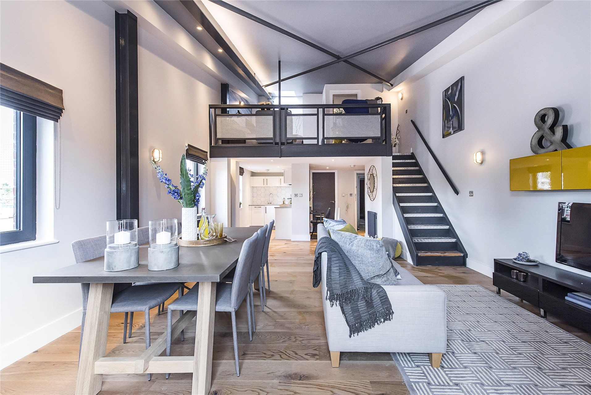 22 Bedroom Apartment In London References The Apartment Is On A Standard London Building And It Is Ideal That You Experie Home London Apartment 1 Bedroom Flat