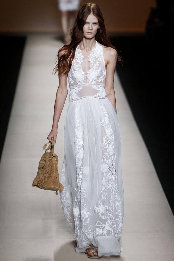 be6e494642 Alberta Ferretti Spring 2015 RTW – Runway – Vogue. Vestidos blancos fiesta  2015