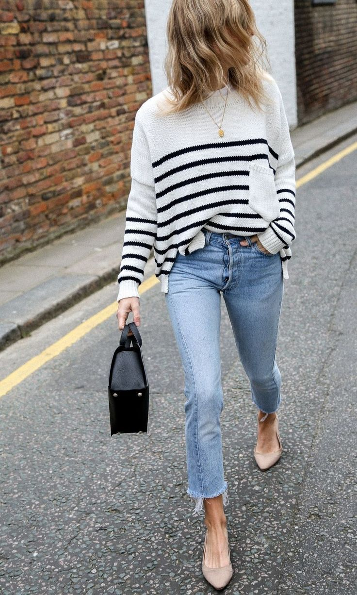 7 Jeans-and-Jumper Outfits That I Swear By For Low-Maintenance Style