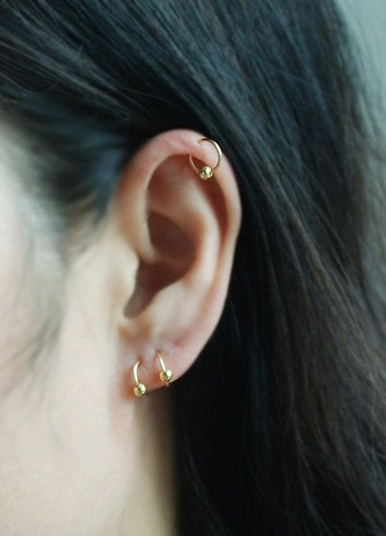 14kt GOLD FILLED Cartilage hoop with Ball Ear cuff Tiny Cartilage