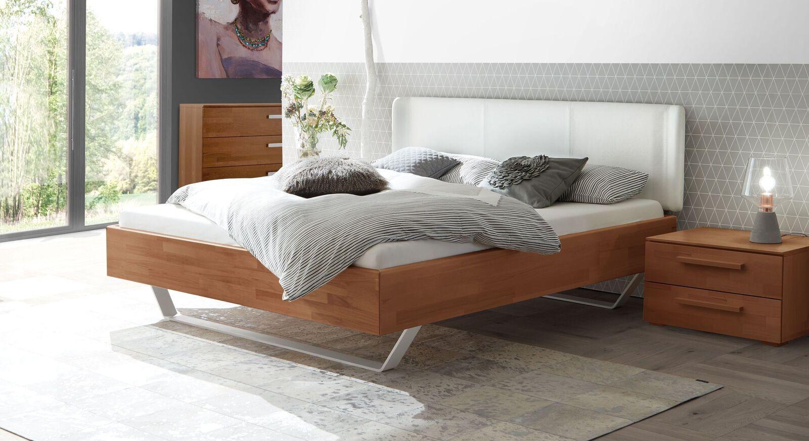 Schwebebett Aus Buche Mit Weißen Kufen Und Kunstleder Maldova Bett Ideen Schwebendes Bett Bett