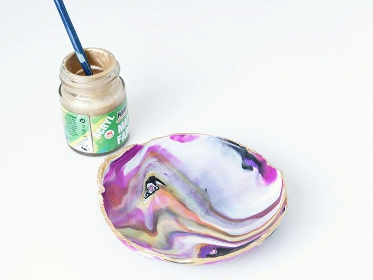 Tutoriel DIY: Fabriquer un dépose-bijoux effet marbre en pâte Fimo via DaWanda.com