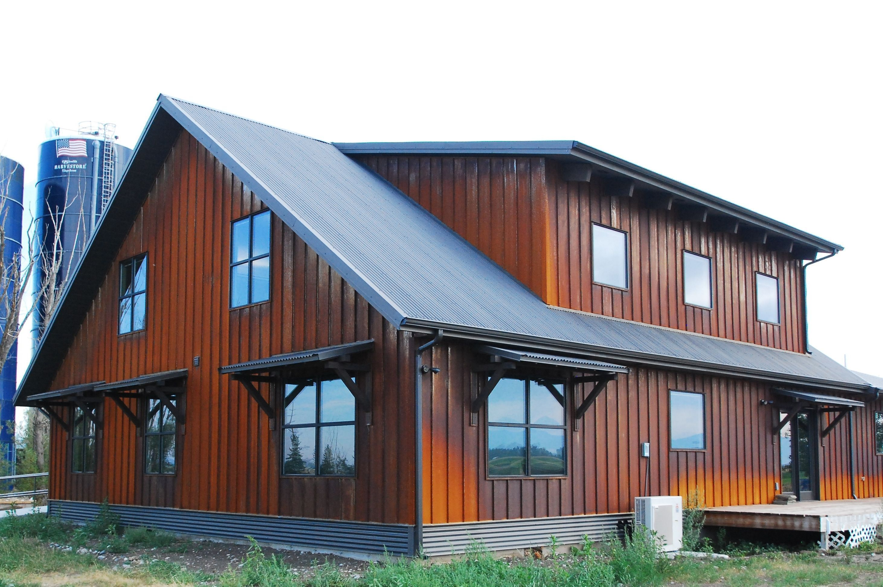 Multiwall Corrugated Galvanized Steel Copper And Custombuilt Corrugated Metal Siding Fascia And House Siding Options Steel Building Homes Metal Building Homes
