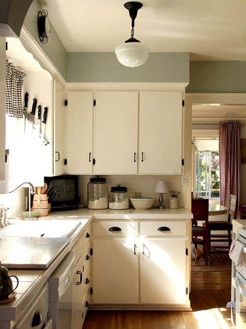 Country kitchen: Inspiration for cheap and easy apartment updates. liberalartslife.com