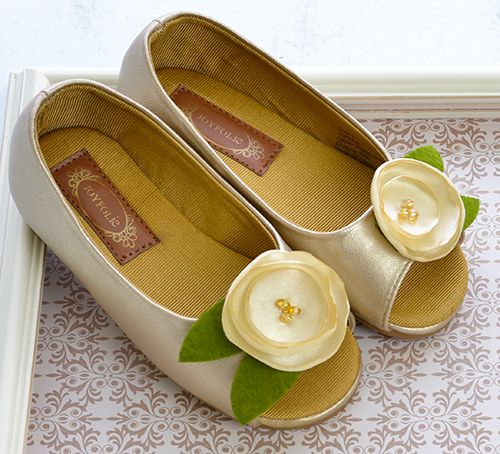 Girls yellow gold dress shoes