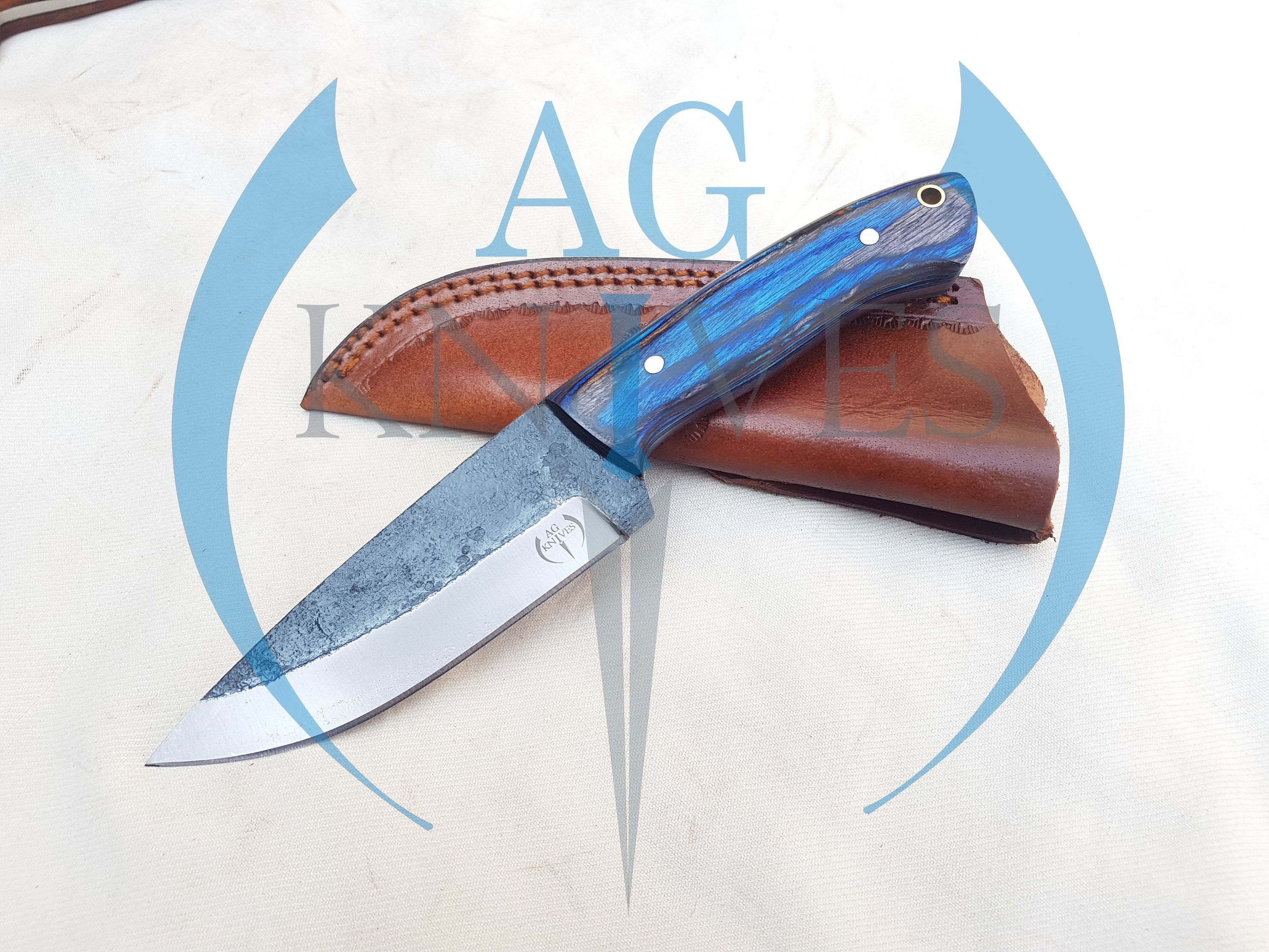 Handmade High Carbon Steel Hunting Skinner Knife With Color Sheet Handle In 2020 High Carbon Steel Carbon Steel Leather Sheath
