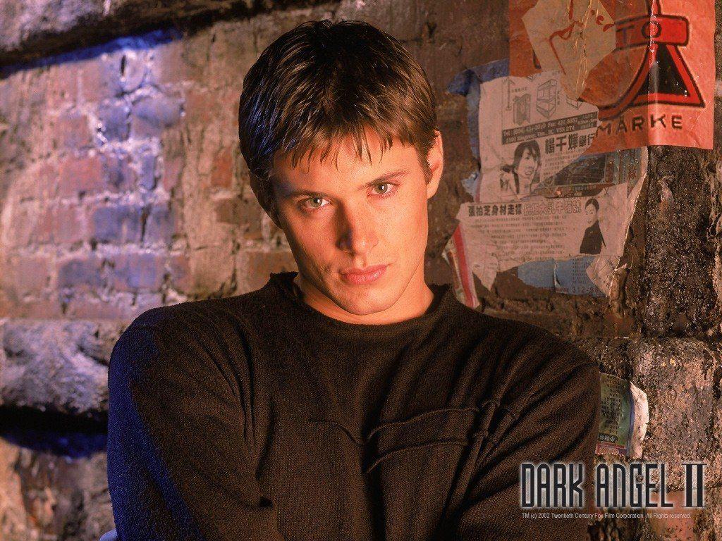 Jensen Ackles as Alec in Dark Angel tv series