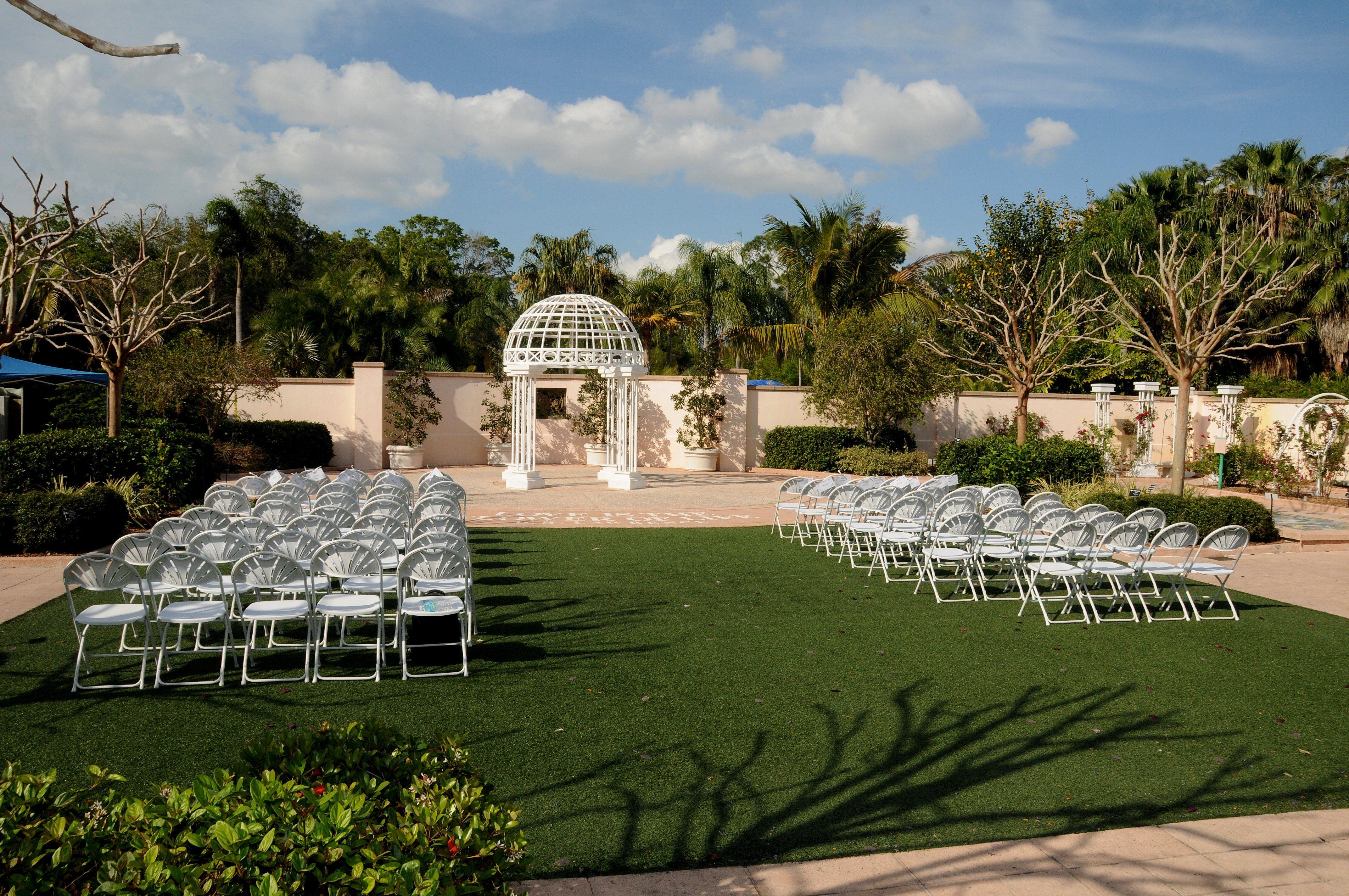Florida Botanical Gardens Largo Fl Weddinggarden Orangeblossomcatering Ceremony Outdoor Devant