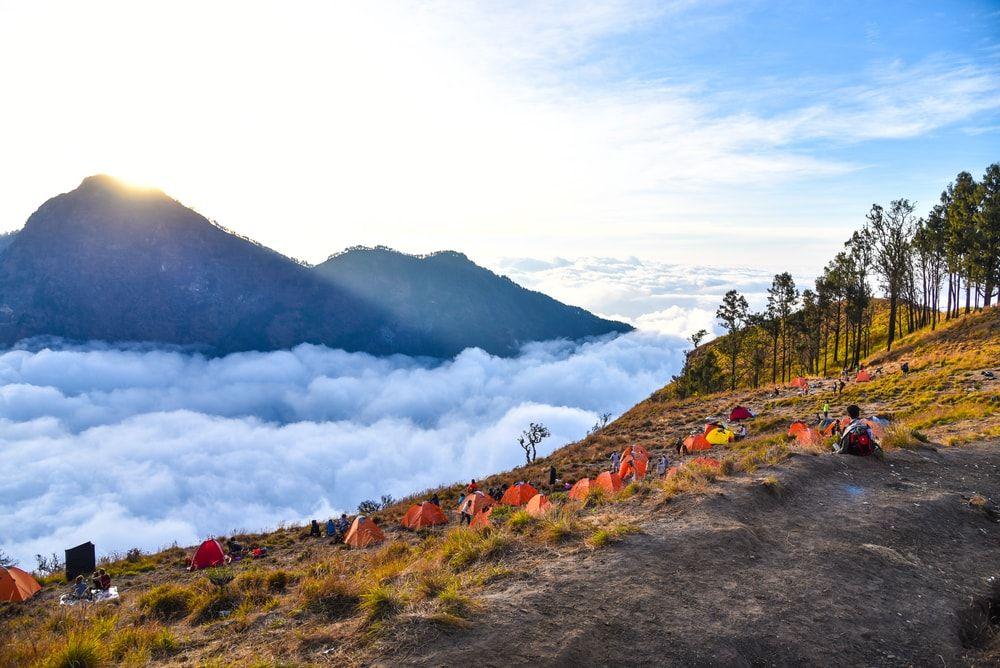 Objek Wisata Alam Gunung Rinjani Lombok Yang Menantang Pemandangan Taman Nasional Foto Alam