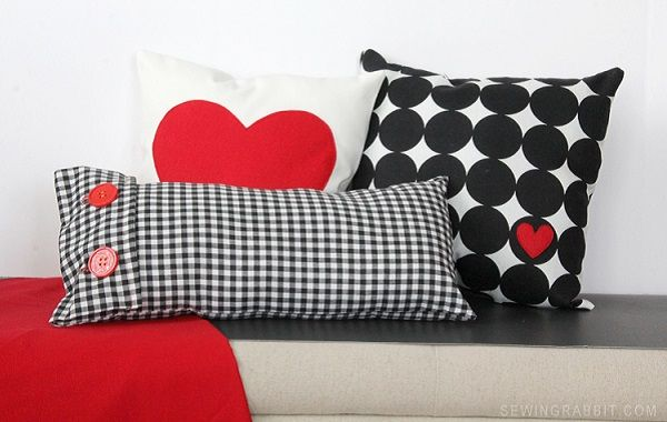 Tutorial: Valentine�s heart and gingham pillows