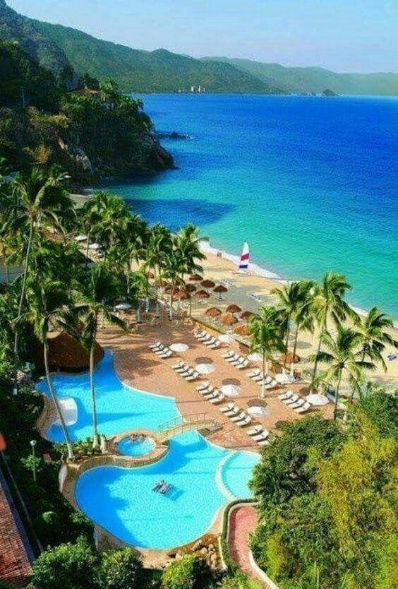 Puerto Vallarta Resorts, Dreams Resorts