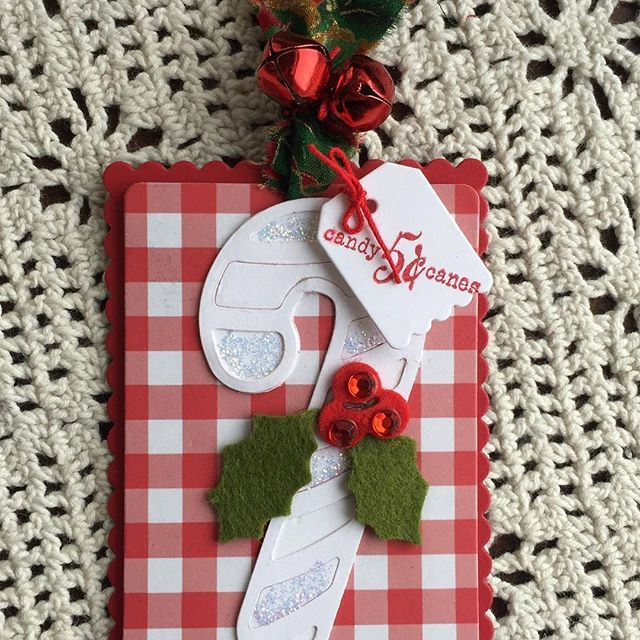Another Sweet Candy Cane Gift Tag Using A Retired Candy Cane Die From Lifestyle Crafts Christmastags2017 Greenwoodgir Candy Cane Gifts Christmas Girl Crafts