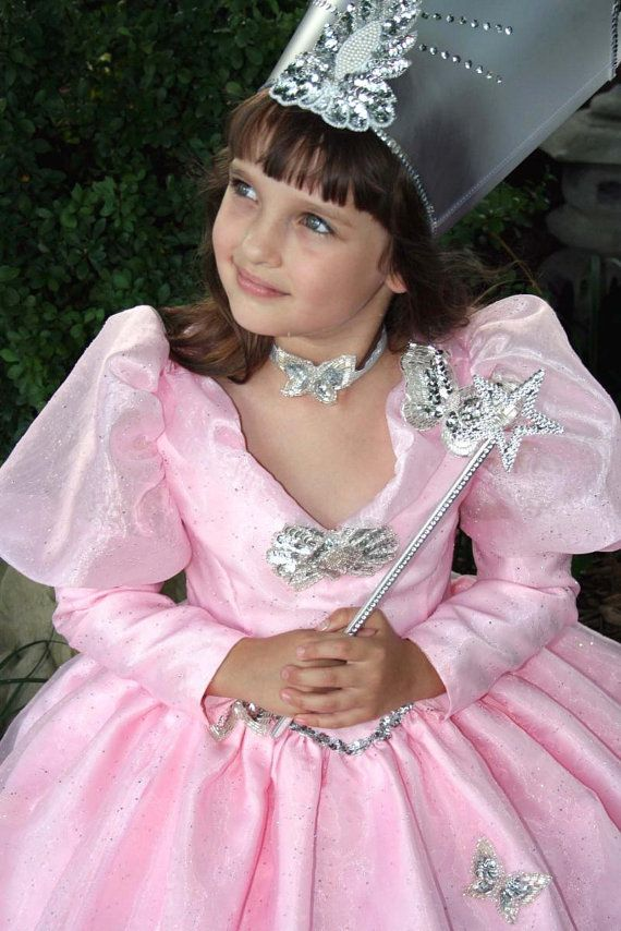ANNA- A Glinda costume for my oldest girl if we do the Wizard of ...