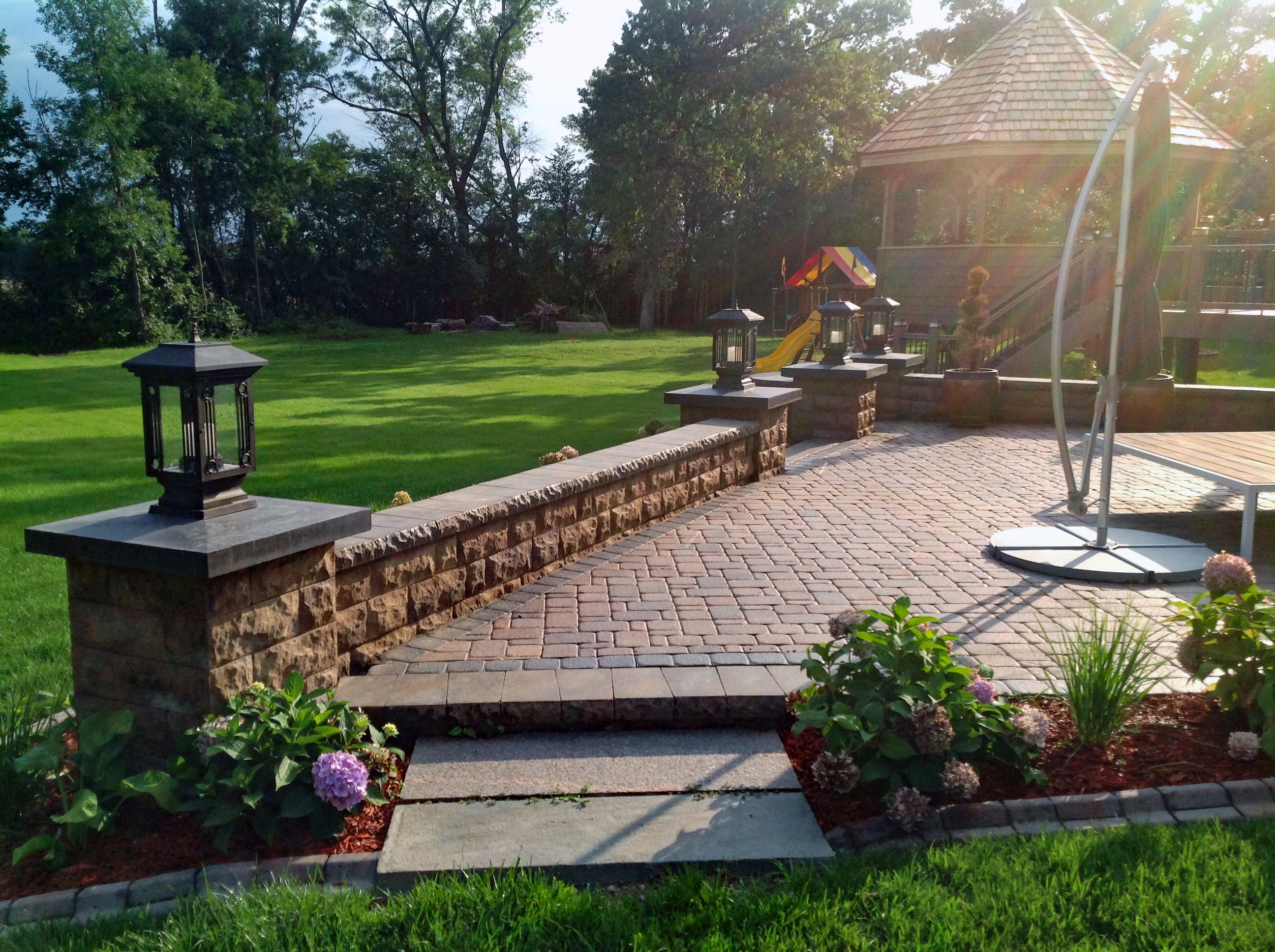 Redcharcoal Color Holland Paver Driveway, Basket Weave Pattern - Pavers