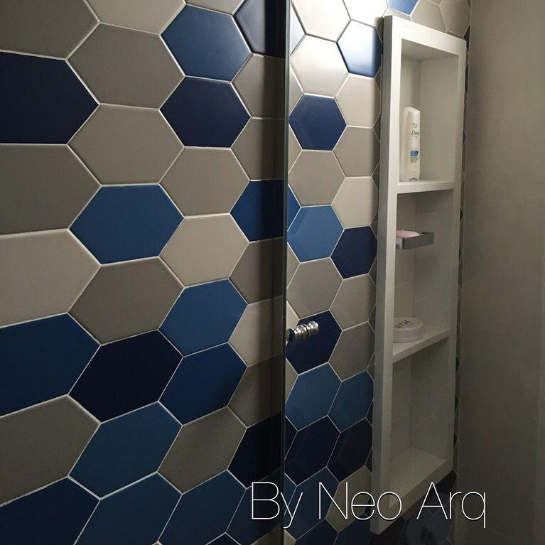 Revestimento Portobello e nicho vertical em banheiro de hóspedes Projeto Neo -> Nicho Banheiro Portobello