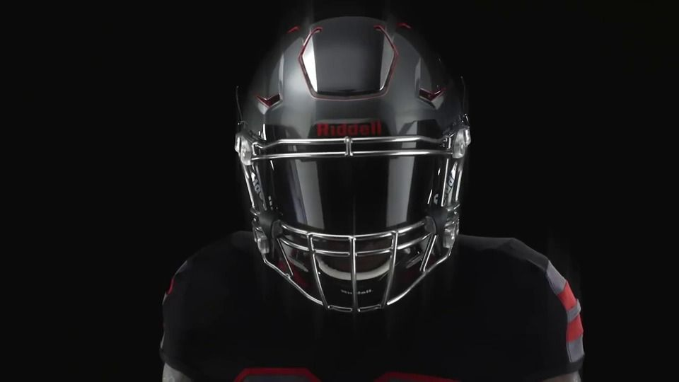 Buy The Brand New Riddell Speedflex Adult Football Helmet And Facemask At Sports Unlimited Get Free Shipping On Orders O Helmet Football Swag