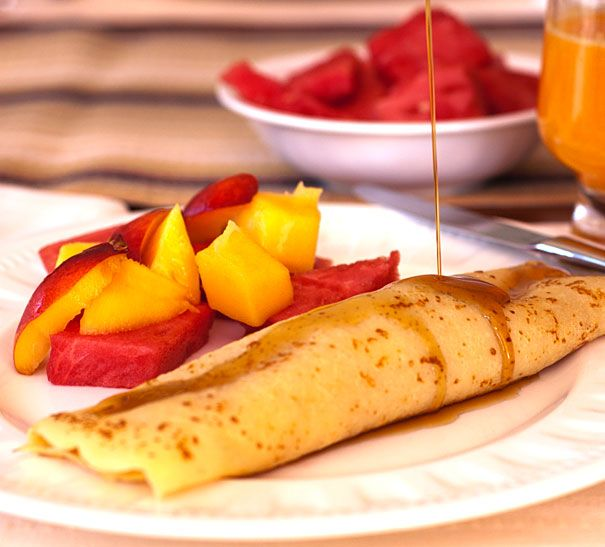 Apple Filled Crepes for Breakfast.  #crepes #stuffedcrepes #breakfastrecipes