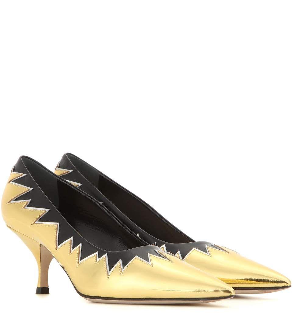 Miu Miu Metallic Leather Kitten Heel Pumps In Oro Eero Modesens Kitten Heel Pumps Kitten Heels Black And Gold Shoes