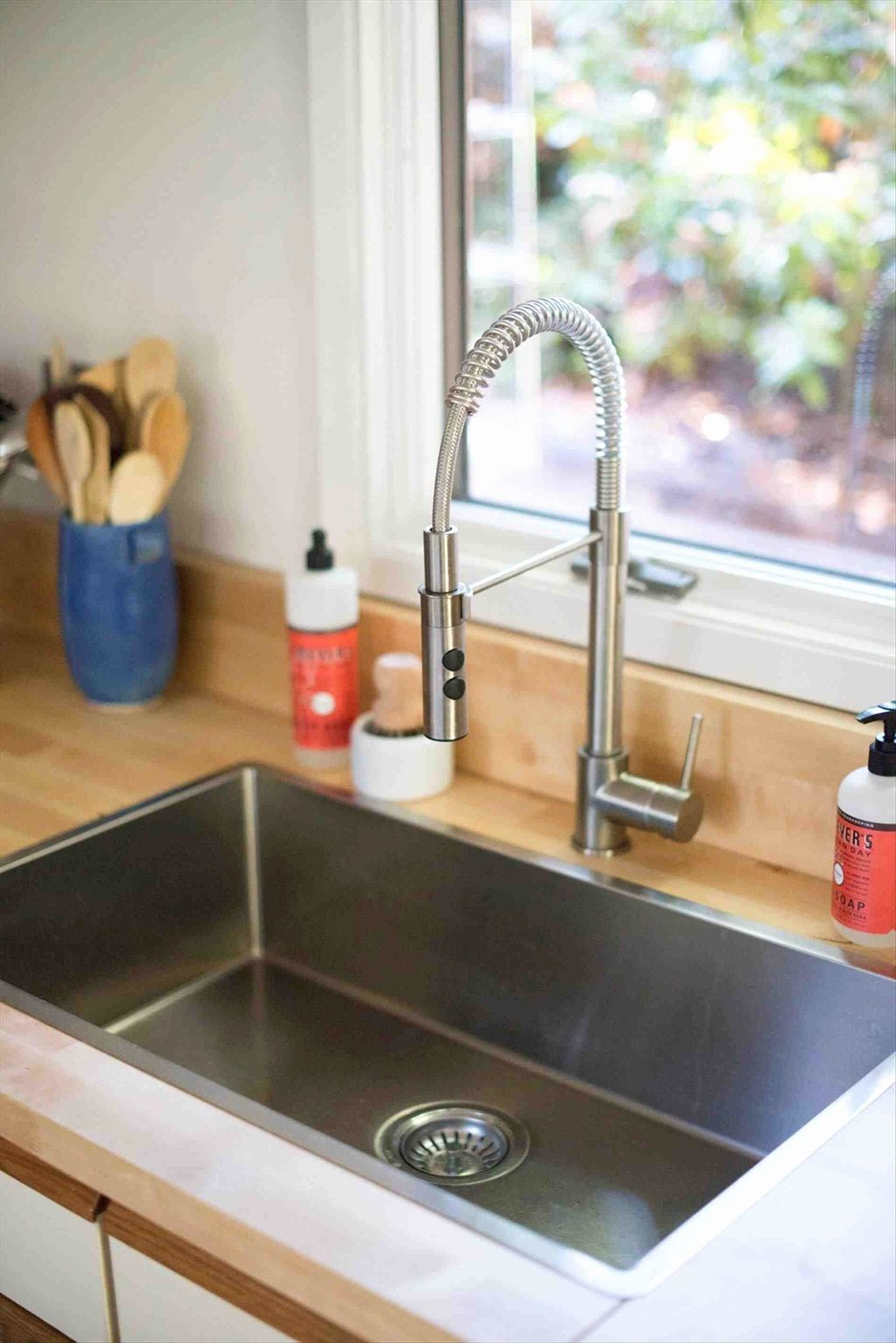 Kitchen Sinks For Today Homes – Styles And Trends of 2019 ...