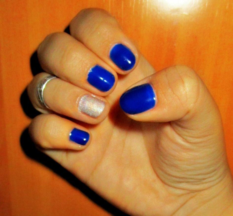 Navy Blue & Palladium Silver Nail Polish| <3 A cute,ordinary design ...