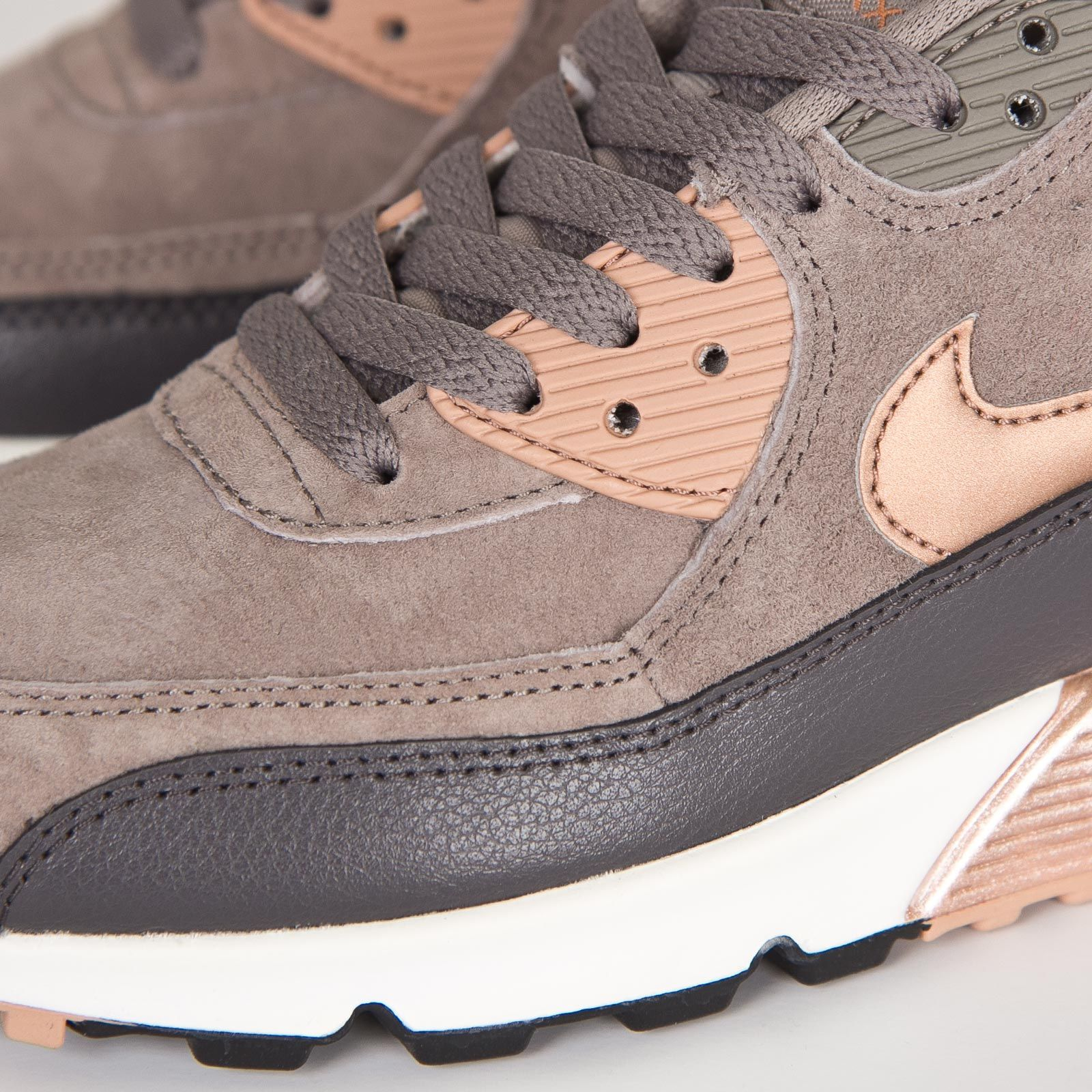 Damen Nike Air Max 90 Leather Iron/rote Bronze-Sail | Nike ...