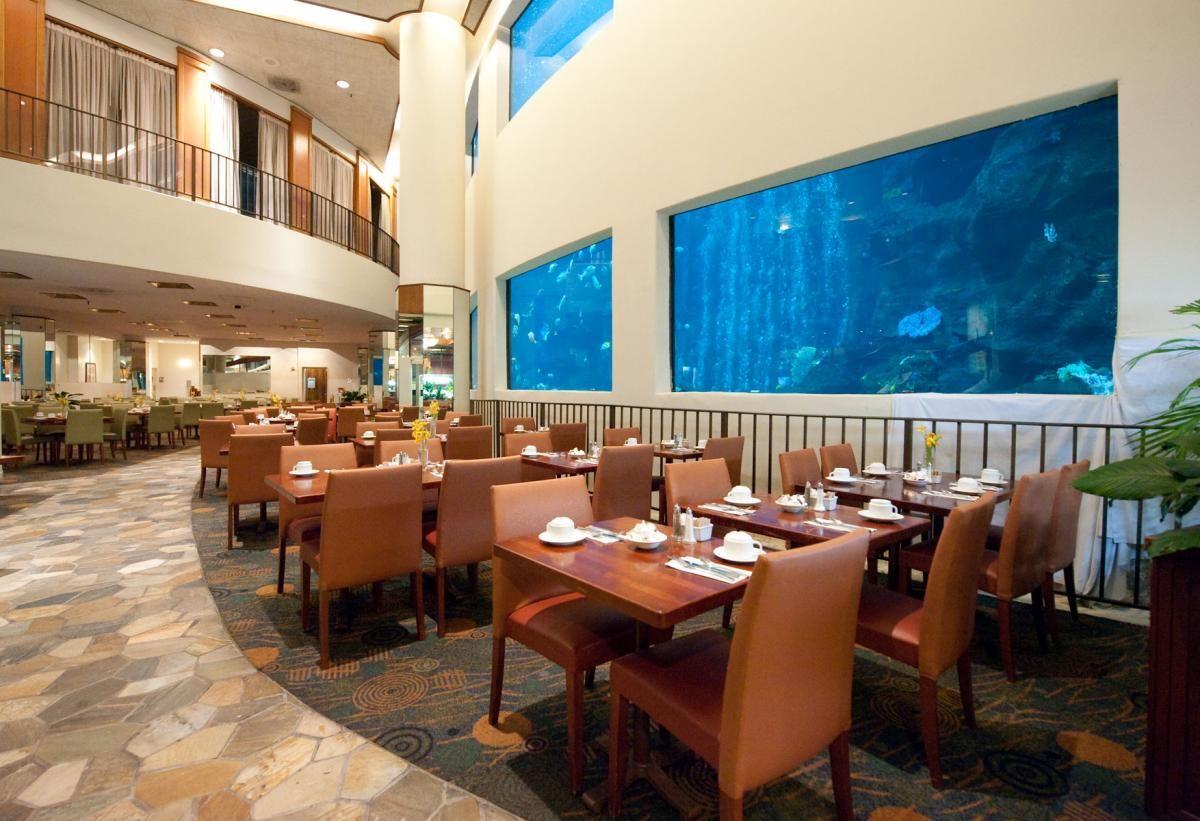 Pacific Beach Hotel Oceanarium Buffet Waikiki