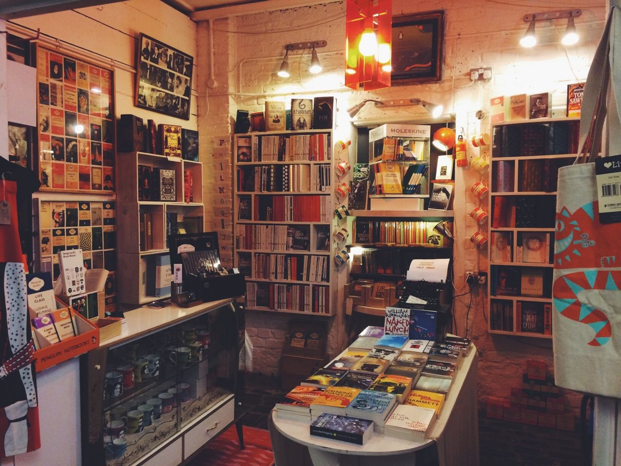feelfearless:  Prettiest bookshop in Camden