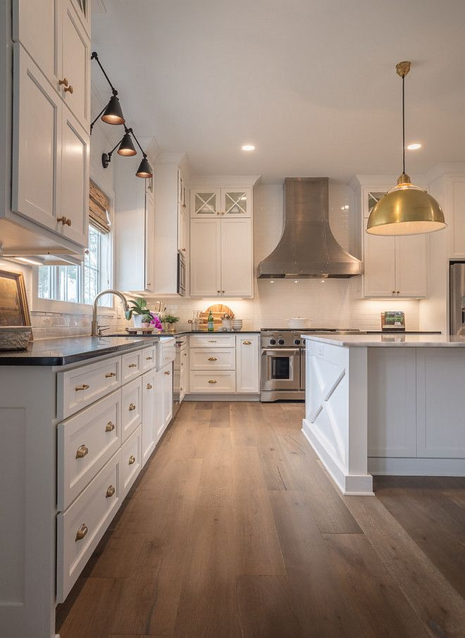 Download Wallpaper White Kitchen With Oak Floors