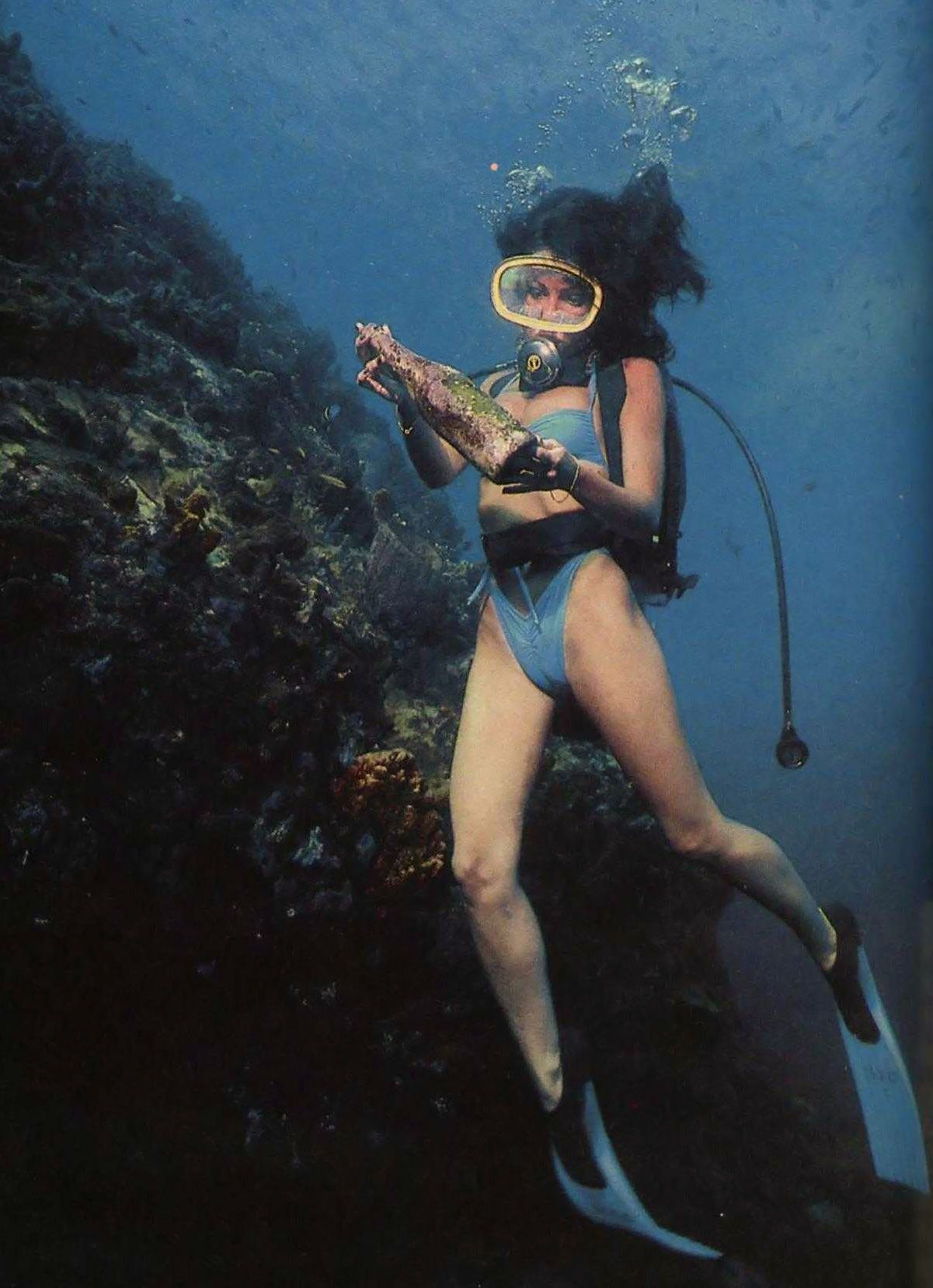 Vintage scuba scuba pinterest vintage scubas and diving - Dive famose nude ...