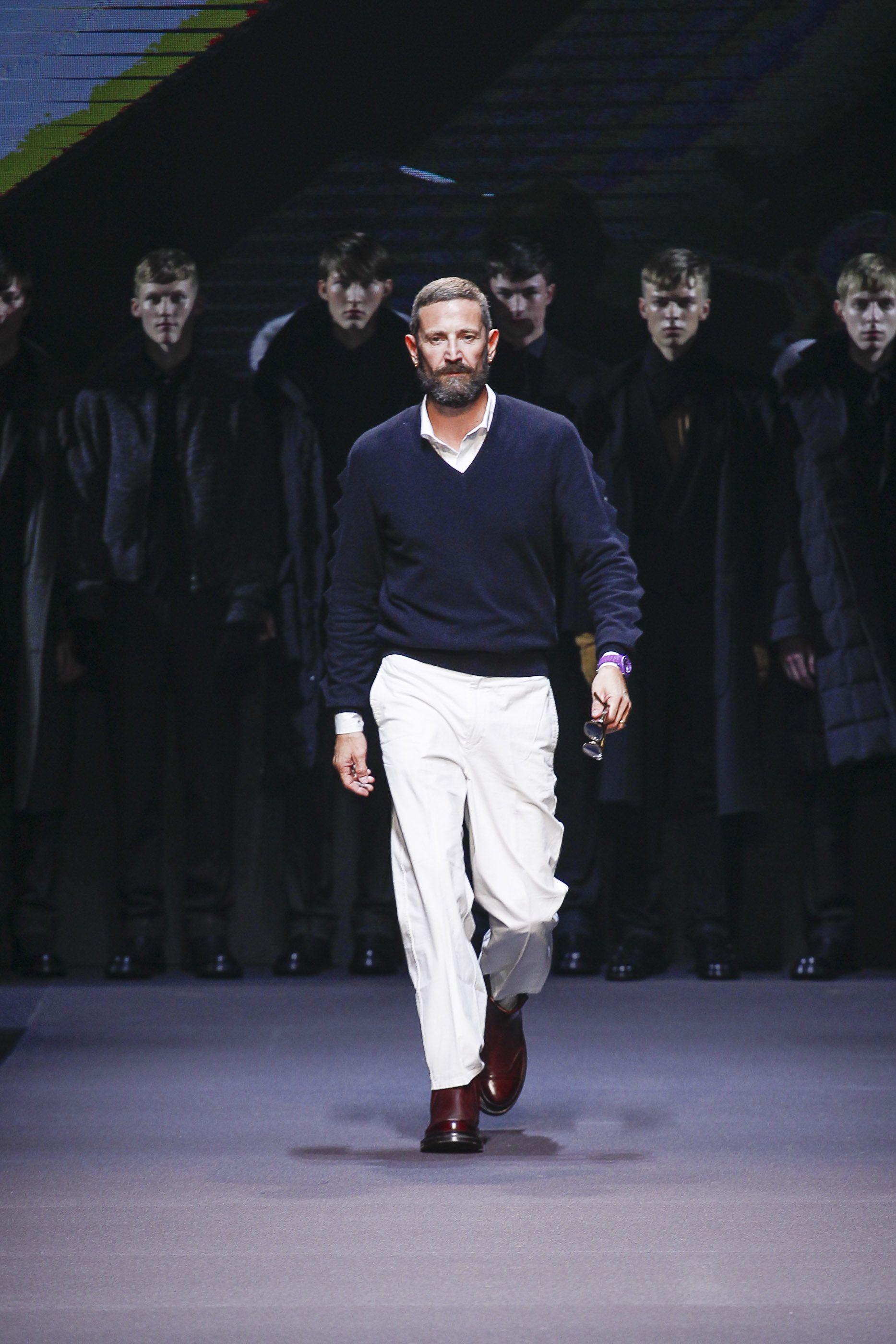 Estefano Pilati @ Milan Fashion Week, final del desfile de Ermenegildo Zegna Fall-Winter 2014