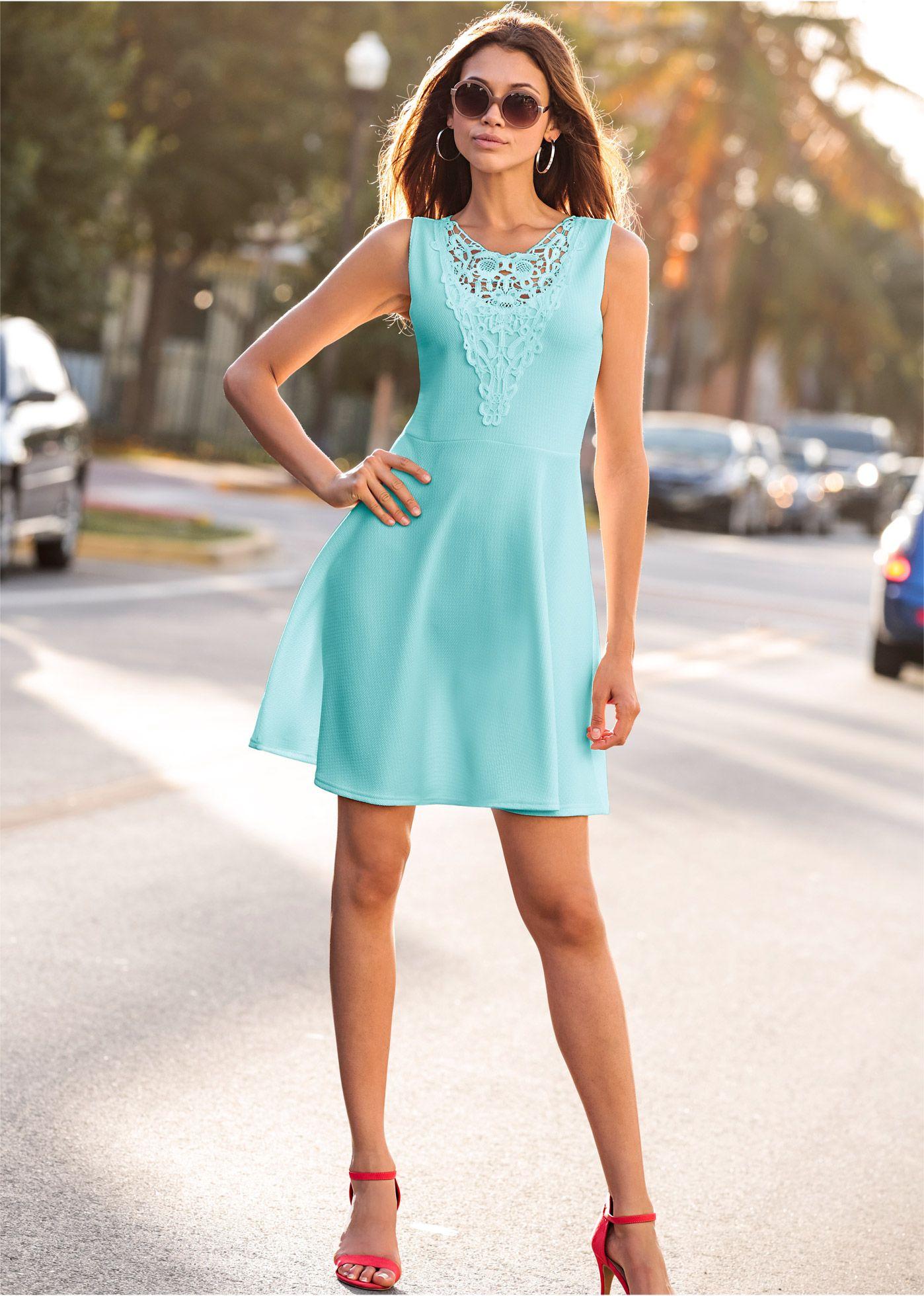 Kleid mit spitze aquapastell bodyflirt jetzt im online shop von ab 32 99 - Bonprix festliche kleider ...