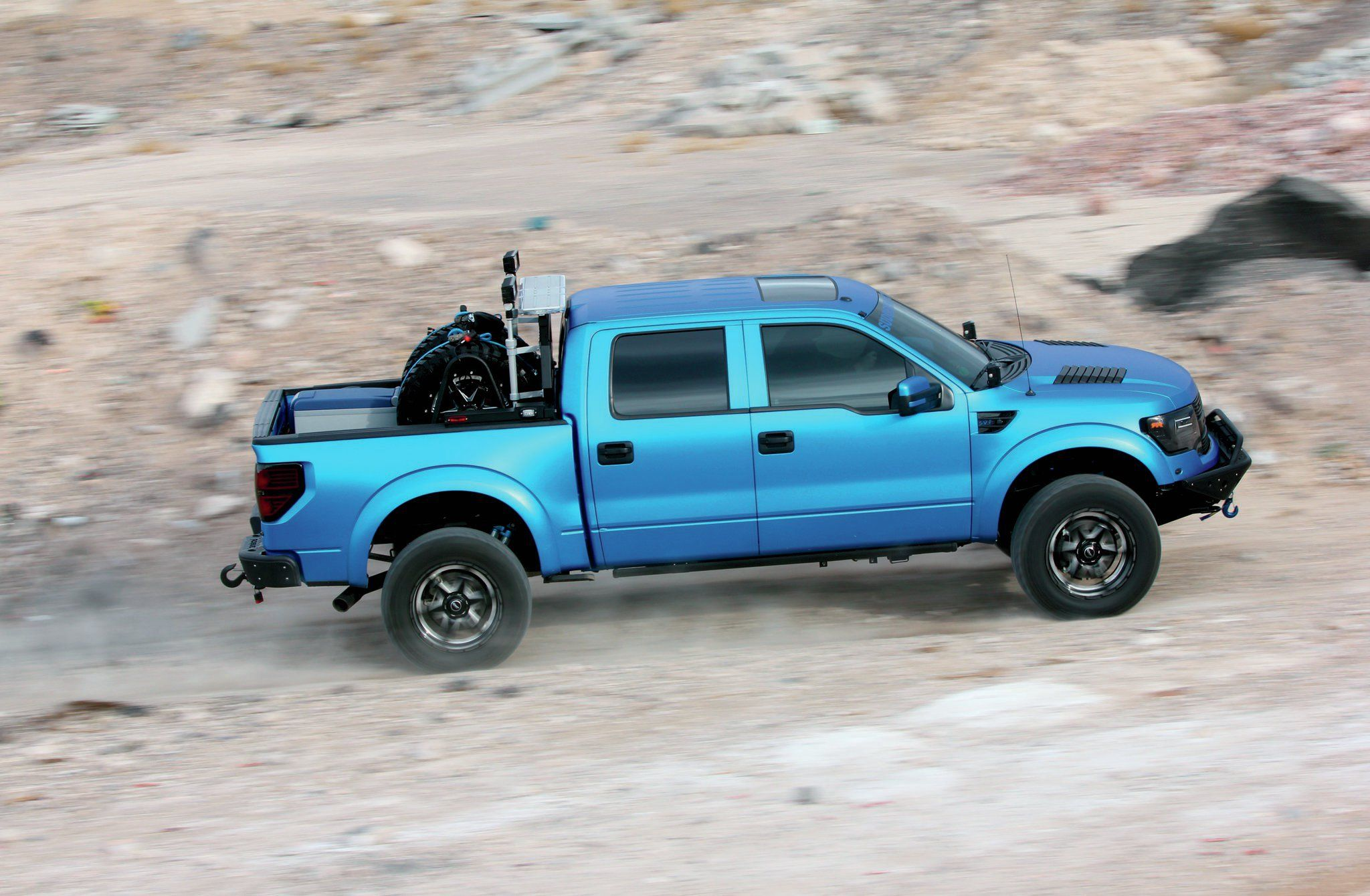 The 2013 ford f 150 svt raptor is still a gnarly truck