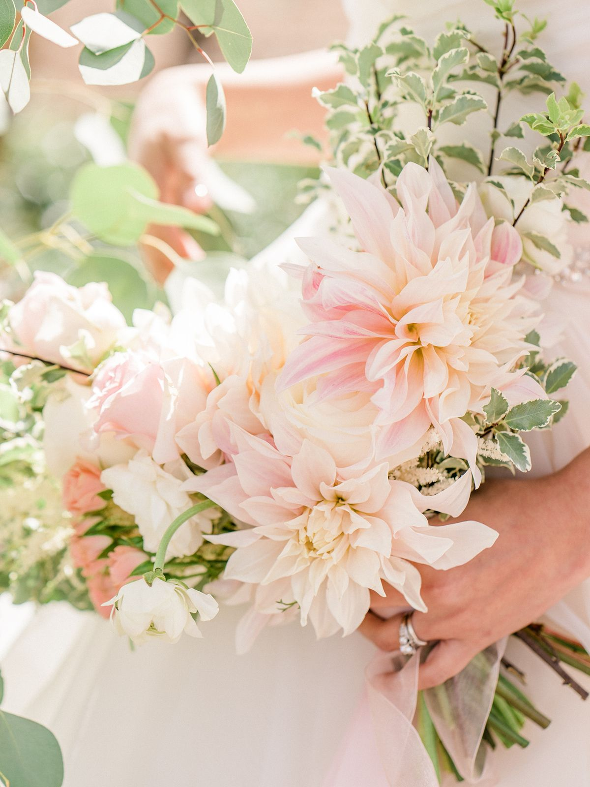 Rustic Romantic And Organic Blush And White Bridal Bouquets Wedding