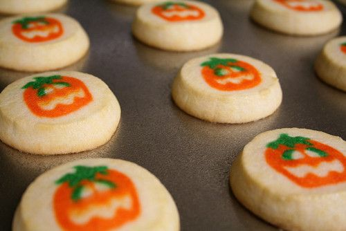 pumpkin pillsbury cookies i cant get enough of these