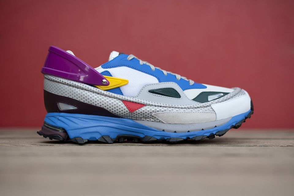 Sneaker Anatomy - Balenciaga triple S All the inspiration | Image 3 ...