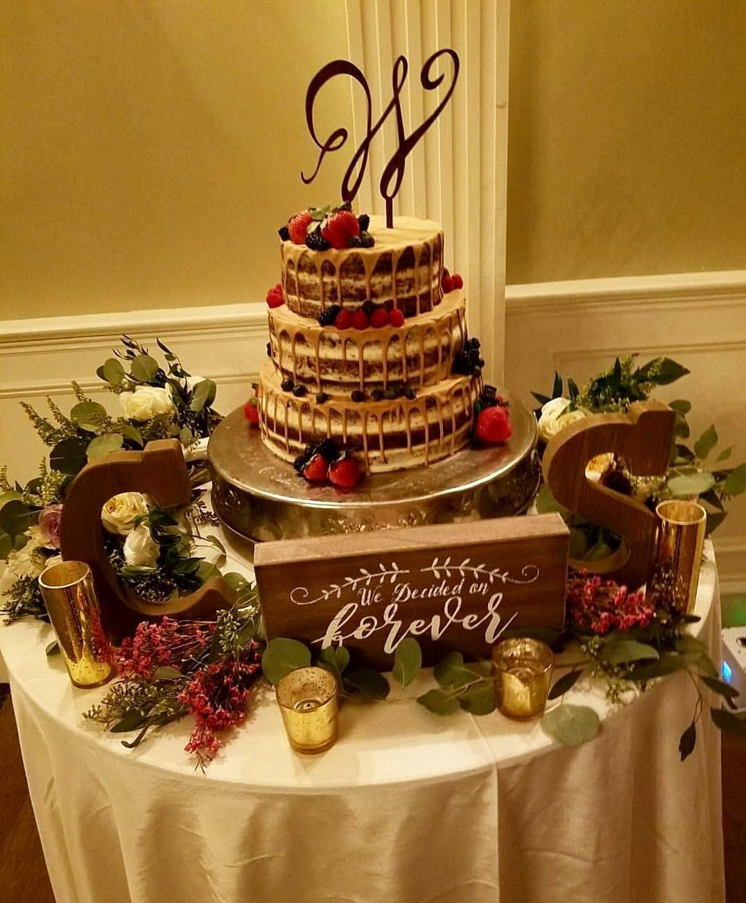 10 truly scrumptious naked wedding cakes
