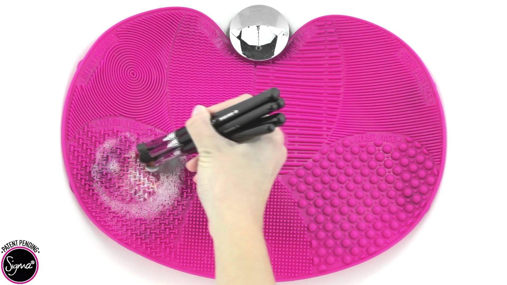 Le Sigma Spa Brush Cleaning de Sigma... Fini la corvée des pinceaux ! #TheBeautyHours