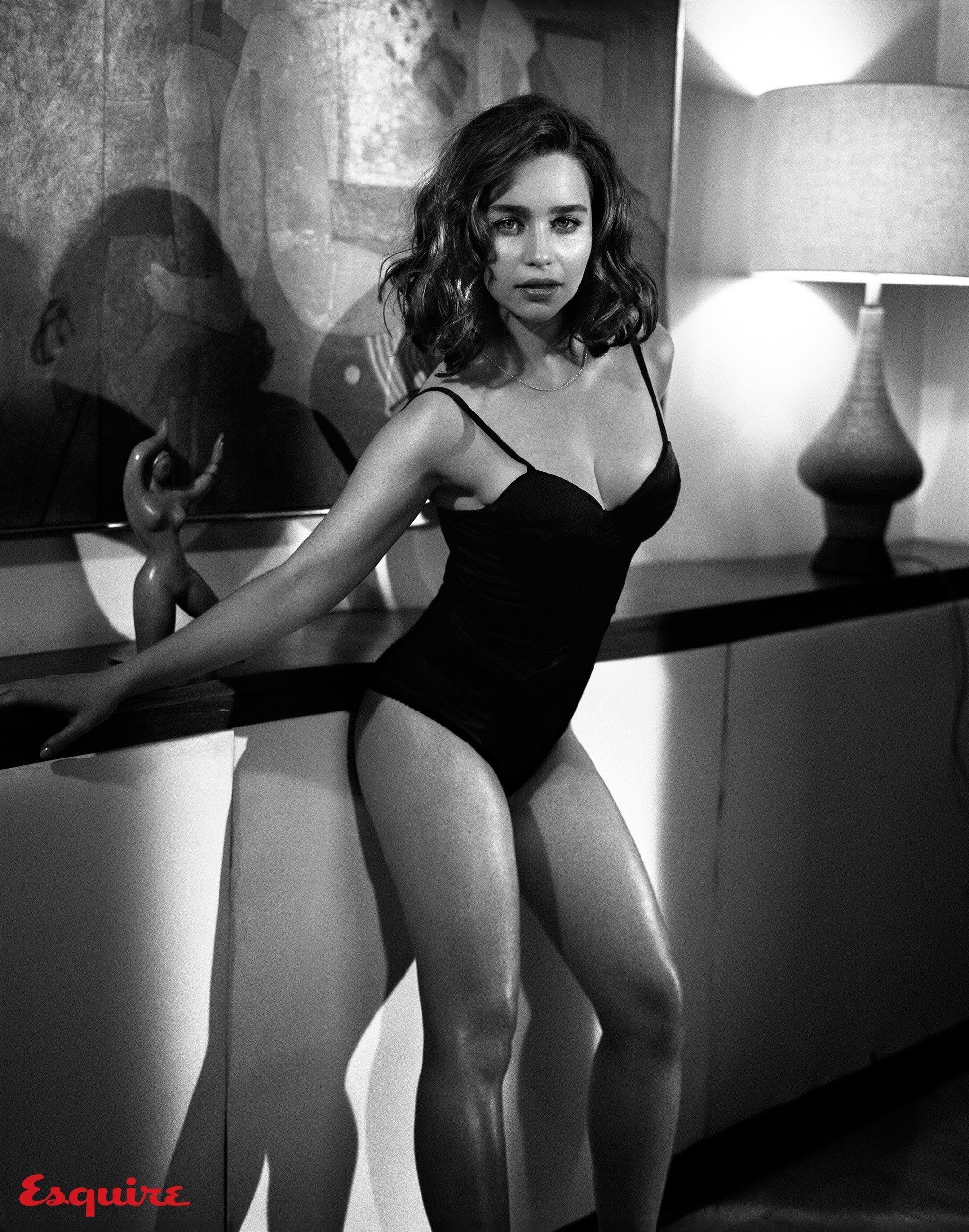 Emilia Clarke Vogue  BITNOTE