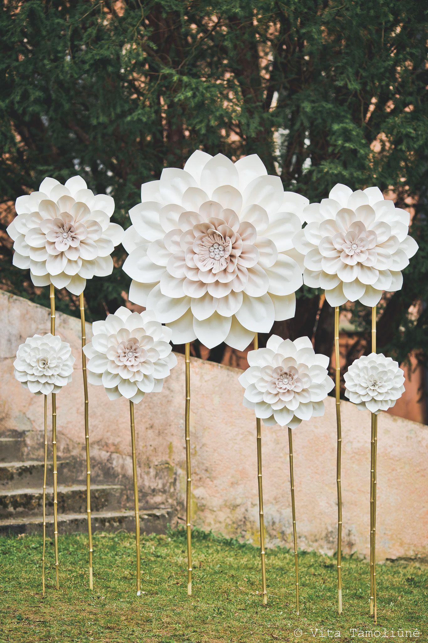 Superbe fleurs géantes   Centerpieces  Pinterest  Backdrops