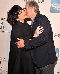 Robert De Niro kissing compilation @ www.wikilove.com