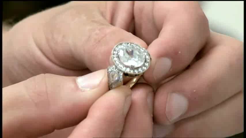 What could have been Bella Swans engagement ring eclipse