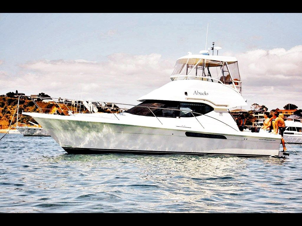 OLIVER ROYALE 370 for sale   Trade-A-Boat, New Zealand