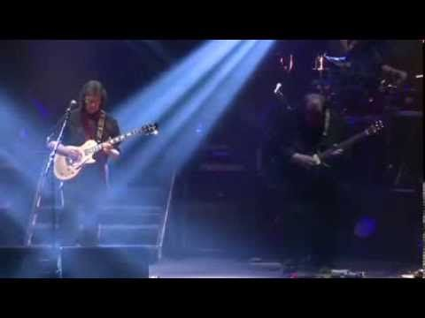 Steve Hackett - The Lamia ... From Genesis Revisited II  (featuring Nik Kershaw, vocals... and Steve Rothery, guitar at 6mn)