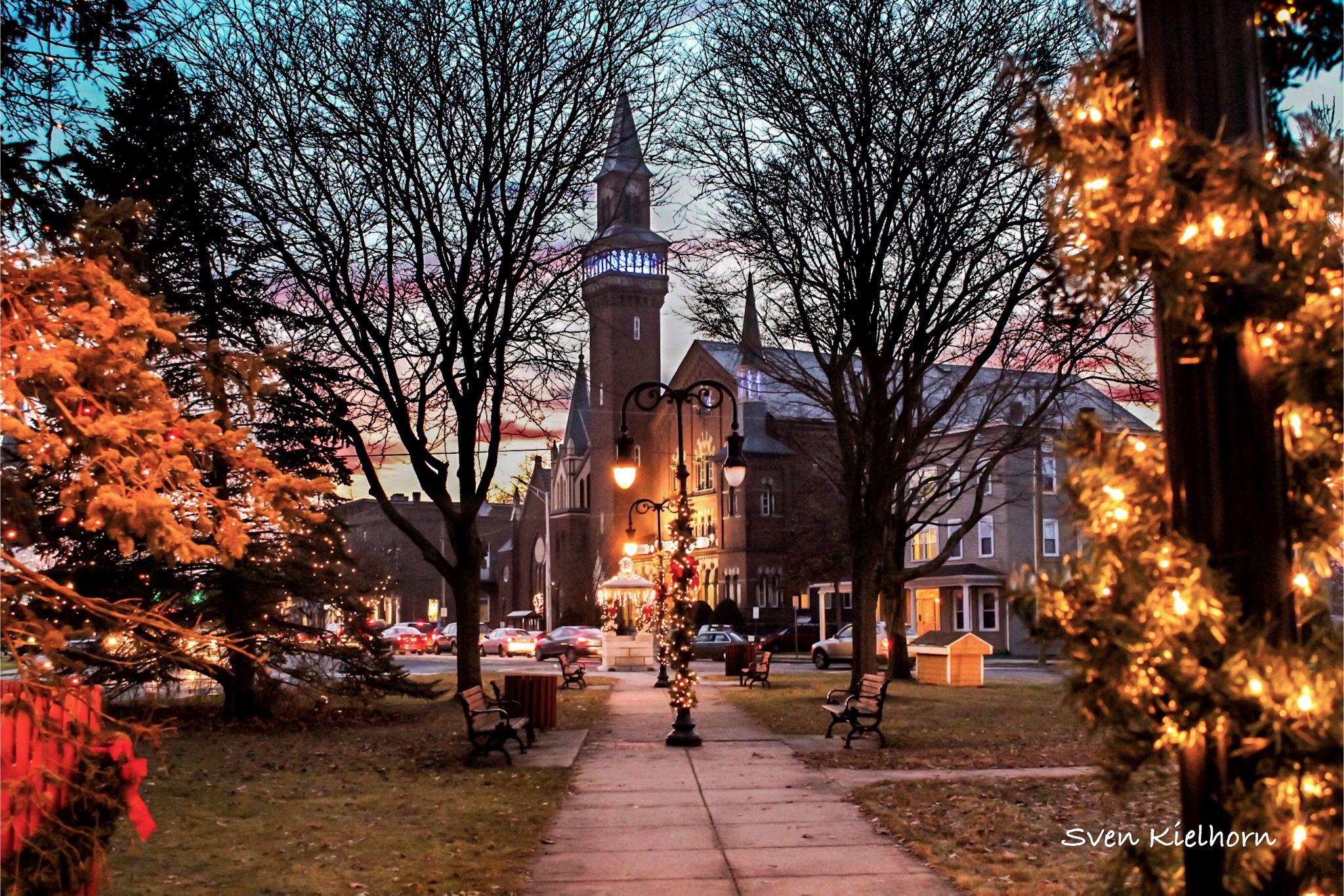 Christmas Lights In Easthampton Ma Christmas Aesthetic Easthampton Christmas Lights