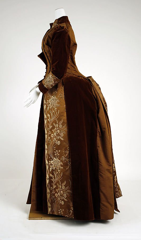 c. 1889 James McCreary & Co. American visiting dress of silk and cotton.  The Met.