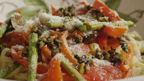 Roasted veggie pasta video pasta pinterest veggie pasta roasted veggie pasta video forumfinder