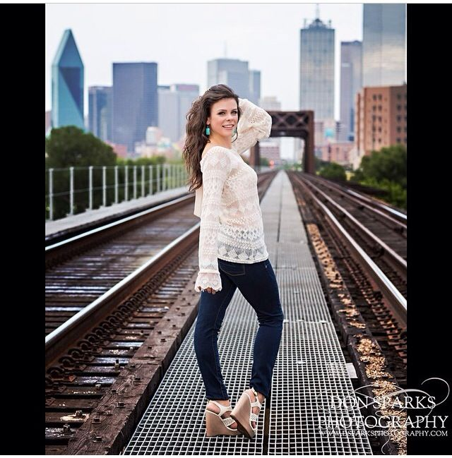 Brittany S Senior Photo Shoot Taken In Downtown Dallas By