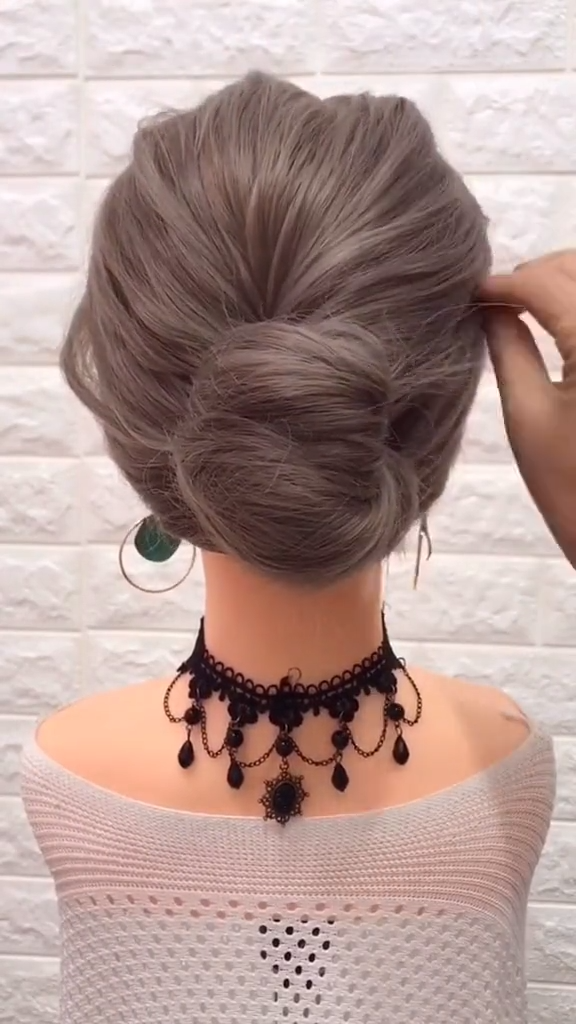 30+ Stunning Half Up Half Down Wedding Hair Ideas Copy Now hairstyles for long hair tutorials video