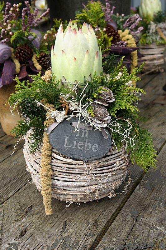 Weihnachtliche Gesteckideen & Totensonntag #grabbepflanzungherbst